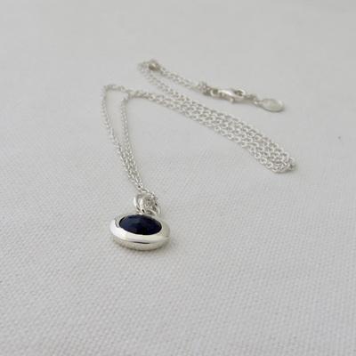 Pebble Necklace - Blue Sapphire