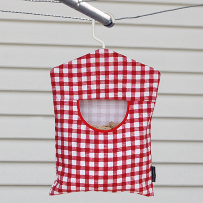peg pouch | red gingham