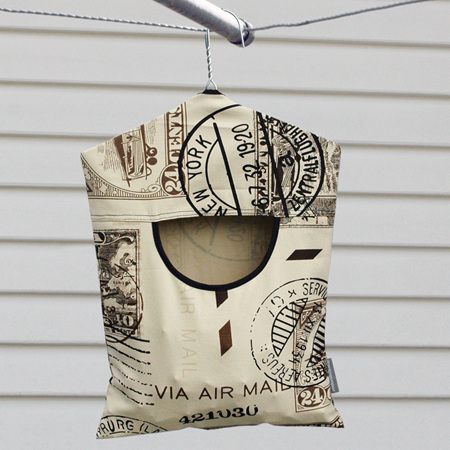 peg pouch | vintage stamps