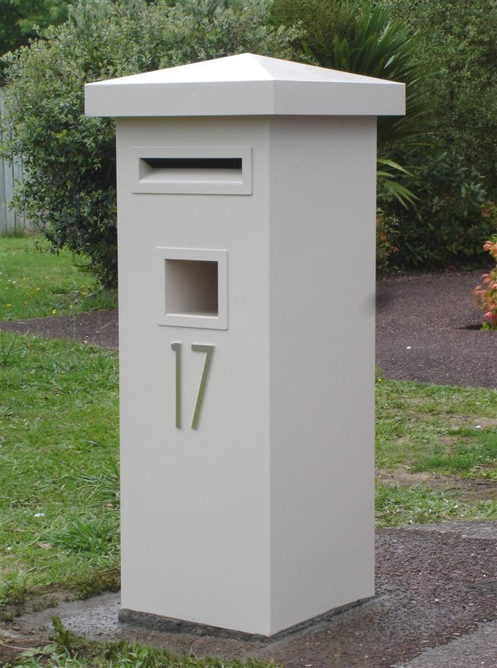 Pillar  Letters