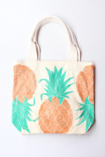Pineapple Tote with Webbing Handle