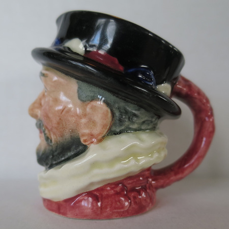 Pink base Beefeater with A markings