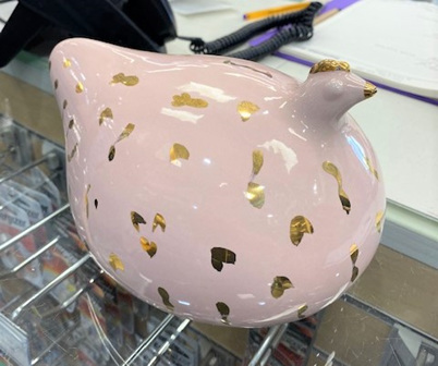 Pink Hen with Gold Leaf Pattern -Large