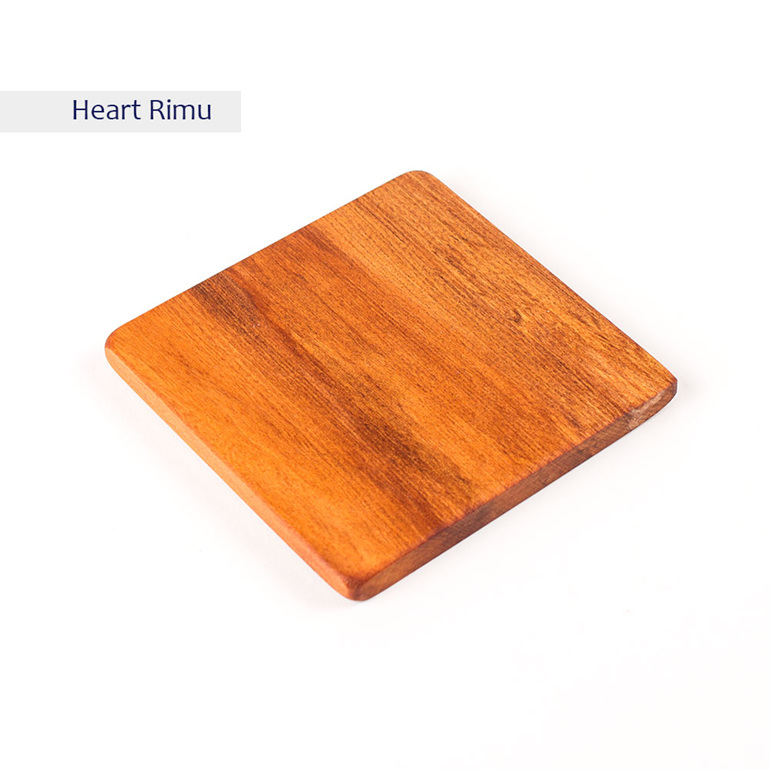 plain square coaster - heart rimu