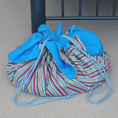 play pouch | stripe/blue