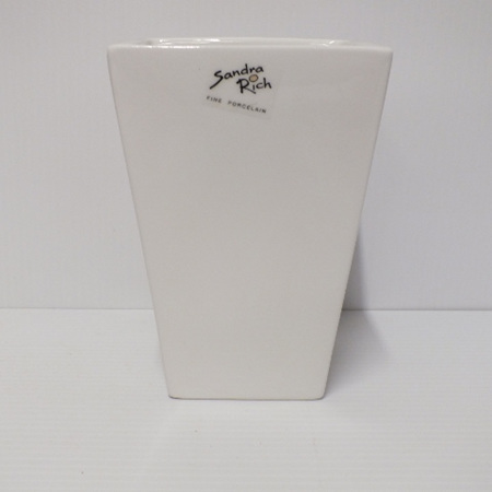 Porcelain Vase square tappered C1737