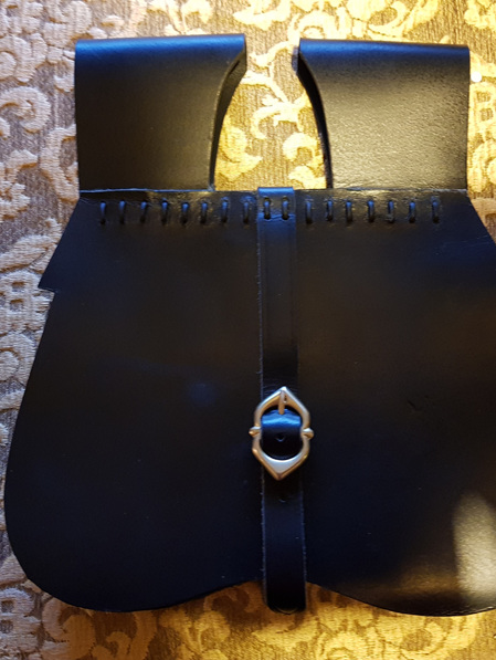 """Pouch 3 - Large Medieval """"Kidney"""" Style Pouch"""