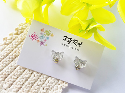 Pretty Clear Bow Clip-on Earrings