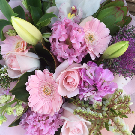 Pretty Pink/Pastel Tones  Bouquets & Posies