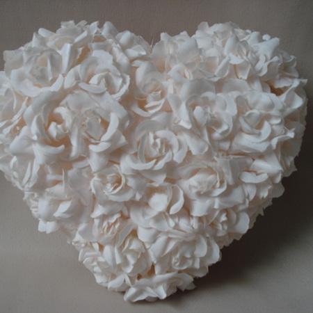 Pretty shell pink mini rose full heart  0601