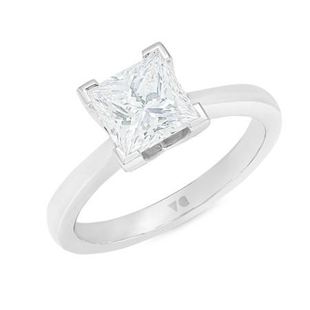 Princessa: Princess Cut Diamond Solitaire