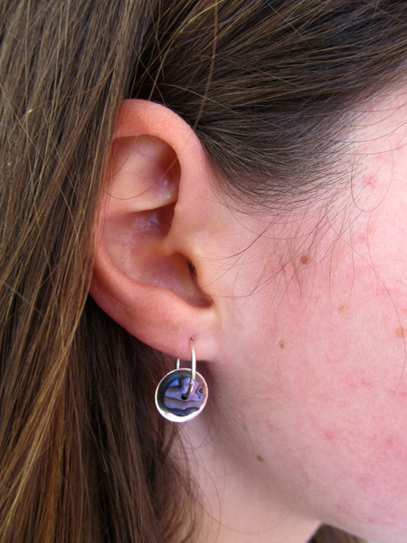 PS1109 Silver disc Paua earrings