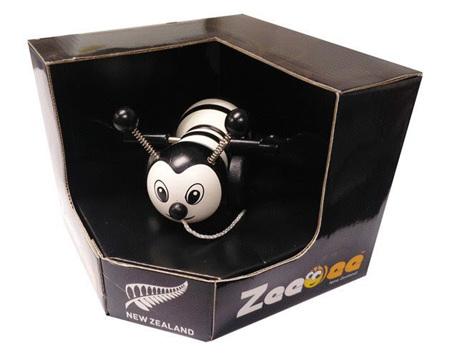 Pull Along Zee Bee - black & white