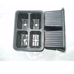 Punnet 4 Cells Black