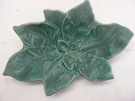 Puriri Leaf Dish