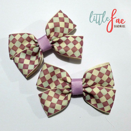 Purple diamond pattern hair bow set
