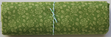 QF017  Green Floral