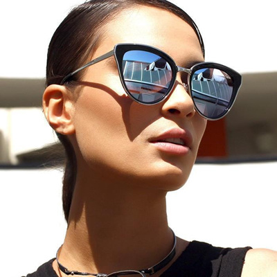 QUAY SUNGLASSES - EVERY LITTLE THING Black/Lilac Mirror
