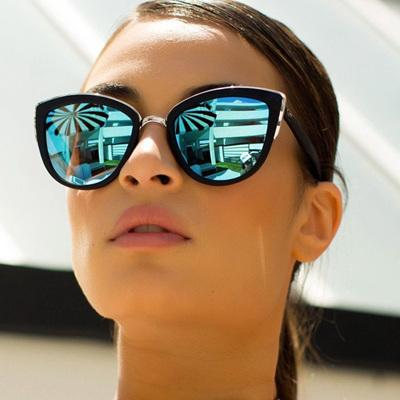 QUAY SUNGLASSES - MY GIRL Black/Blue Mirror Lense