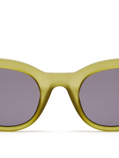 QUAY-X-KYLIE SUNGLASSES -STAR STRUCK Olive/Smoke