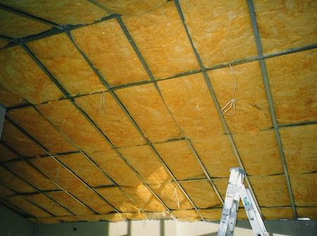 R2.9 Fiberglass ceiling blanket