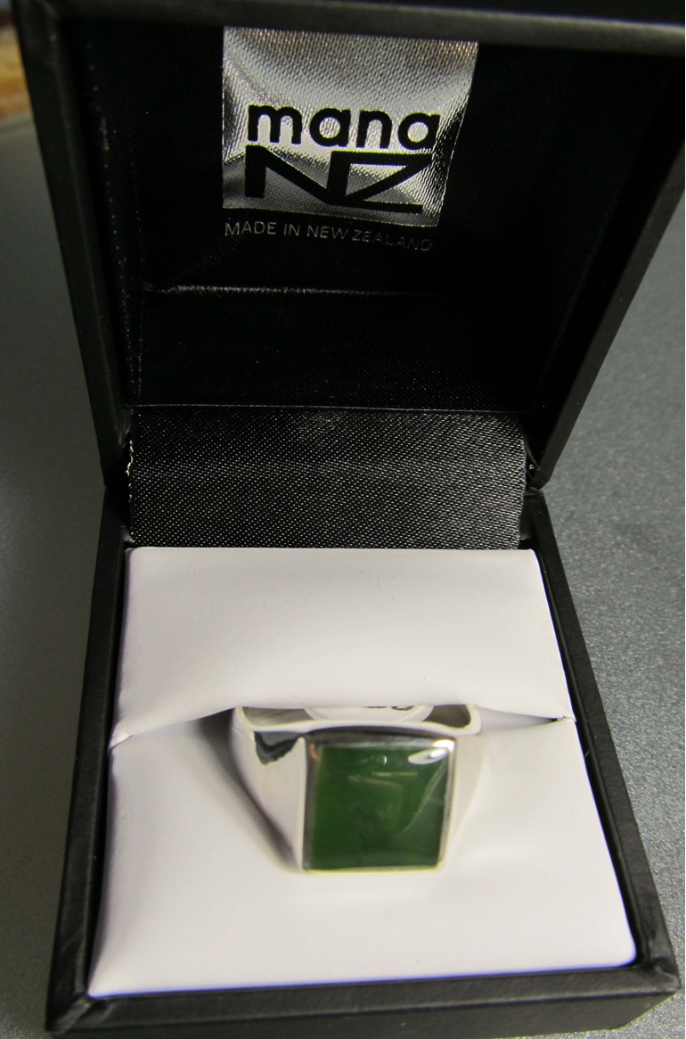 R909 Men's square greenstone sterling silver ring