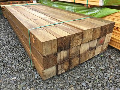 Radiata Exterior H5 Kiln Dried Rough Sawn Piles 125x125mm