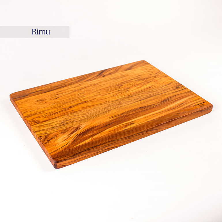 rectangle chopping board - medium - heart rimu - 350x250x20