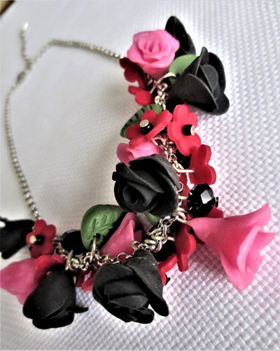 Red Blk Flowers