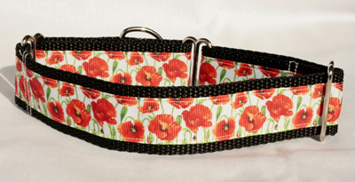 Red Poppies Collar