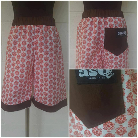 Red Spotty Short Size 5
