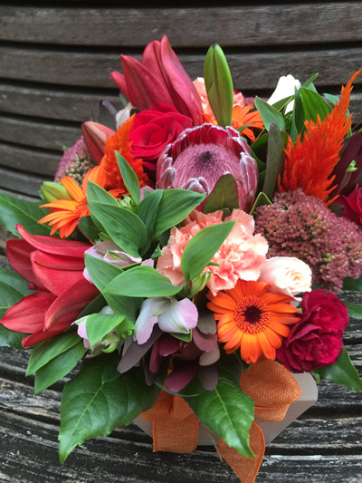 Red Toned Posy