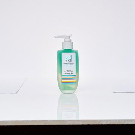 Refreshing and Revitalising Shaving Gel