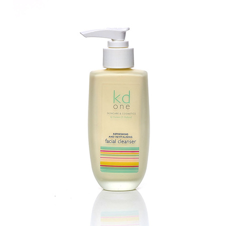Refreshing & Revitalising Facial Cleanser