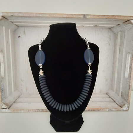 Resin Disc Necklace Navy