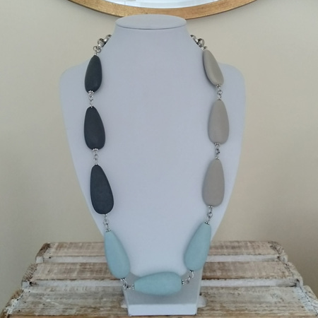 Resin Teardrop 3 Toned Necklace