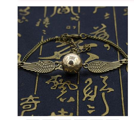 Retro Angel Wings & Pearl Bracelet - Antique Gold