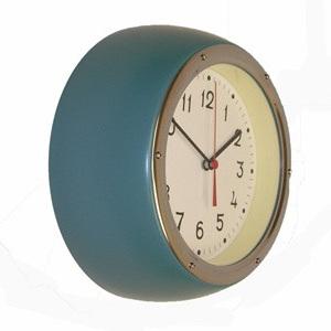 Retro Clock Juniper Green