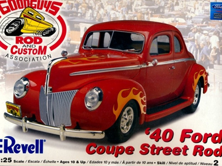 Revell 1/25 40 Ford Coupe Street Rod