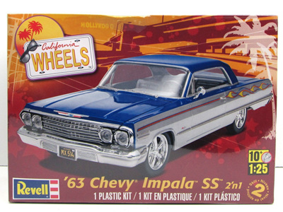 Revell 1/25 63 Chevy Impala SS 2n1
