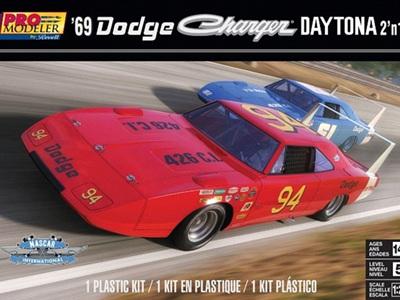 Revell 1/25 69 Dodge Charger Daytona