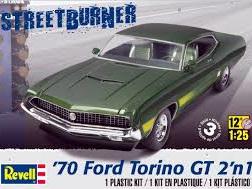 Revell 1/25 '70 Ford Torino GT 2 'n 1 Plastic Model Kit