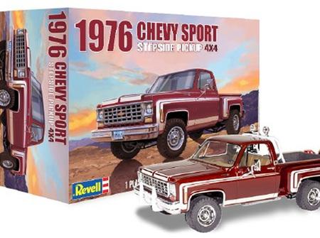 Revell 1/24 1976 Chevy Sport Stepside 4x4 Pickup Truck (RMX4486)