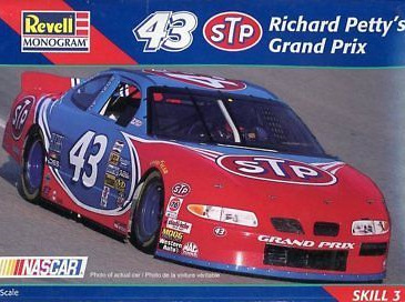 Revell 1/24 #43 STP Petty Grand Prix (RMX2493)