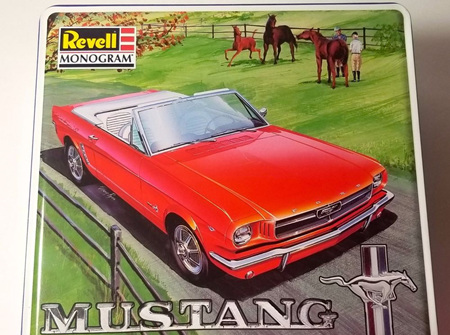 Revell 1/24 64 Mustang Convertible Collector Tin (RMX4157)