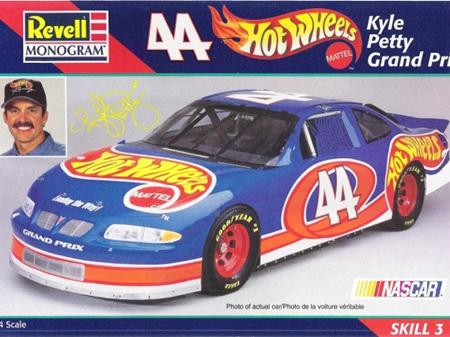 revell 1/24 Hot Wheels Kyle Petty Grand Prix