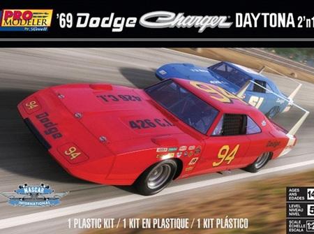 Revell 1/25 69 Dodge Charger Daytona (RMX4413)