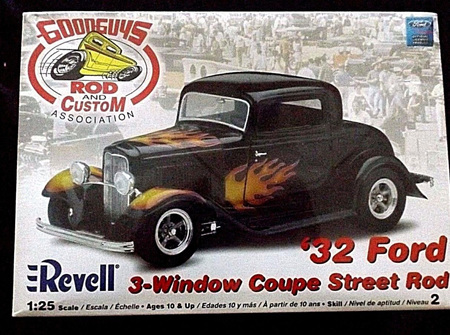Revell 1/25 Good Guys 32 Ford 3-Window Coupe Street Rod (RMX2024)