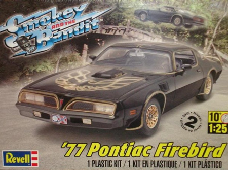 Revell 1/25 Smokey & the Bandit 1977 Pontiac Firebird (RMX4027)