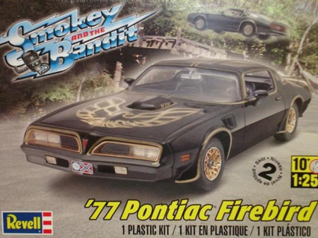 Revell 1/25 Smokey & the Bandit 1977 Pontiac Firebird